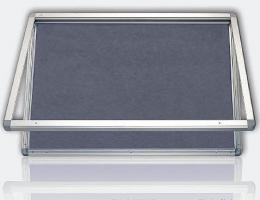Vitrína s horizontálním otevíráním, výplò šedý filc 90x120 cm