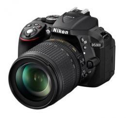 NIKON D5300   18-105 VR AF-S DX