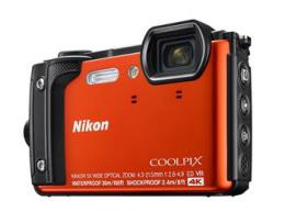 NIKON COOLPIX W300 Orange   2 in 1 plovoucí popruh