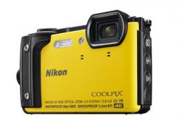 NIKON COOLPIX W300 Yellow   2 in 1 plovoucí popruh